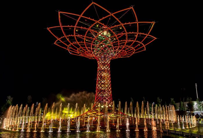 Mailand EXPO Milano 2015: Baum des Lebens (Tree of Life, Alvero della Vita) Baum des Lebens EXPO 2015