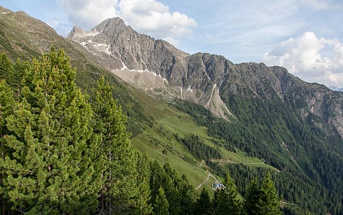 Hochoetz Blick von der Bielefelder Hütte: Acherkogel (Stubaier Alpen)