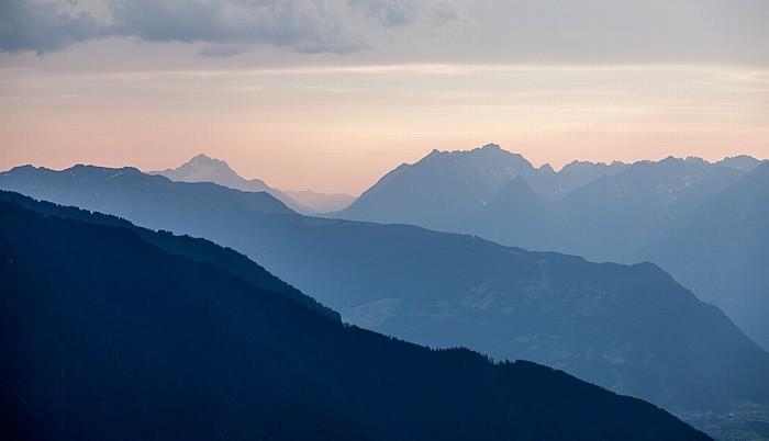 Hochoetz Blick von der Bielefelder Hütte: Lechtaler Alpen