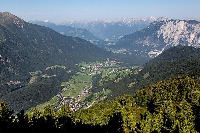 Hochoetz Blick von der Bielefelder Hütte (v.u.): Ötztal, Inntal, Tschirgant und Lechtaler Alpen