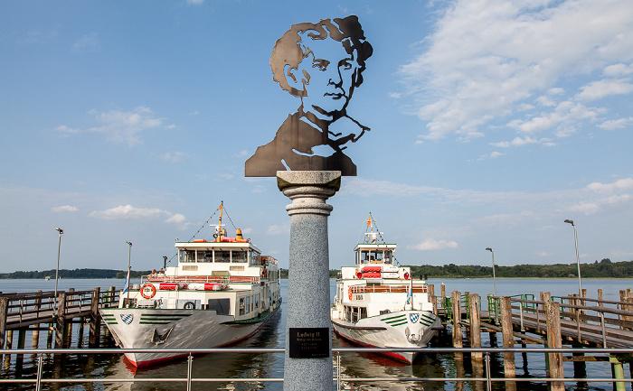 Prien am Chiemsee Prien-Stock: Hafen Chiemseeschifffahrt und Chiemsee - Denkmal für König Ludwig II.