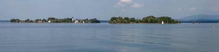 Chiemsee Fraueninsel (Frauenchiemsee, mit Kloster Frauenwörth) und Krautinsel (rechts)