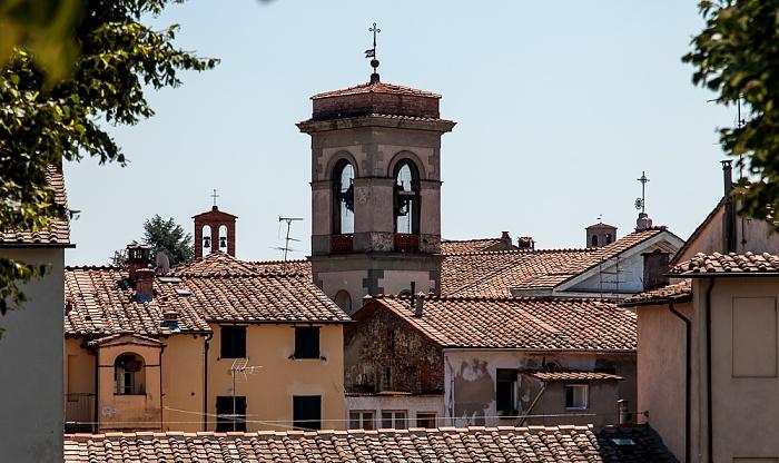 Blick vom Befestigungswall (Mura di Lucca): Chiesa di San Leonardo in Borghi