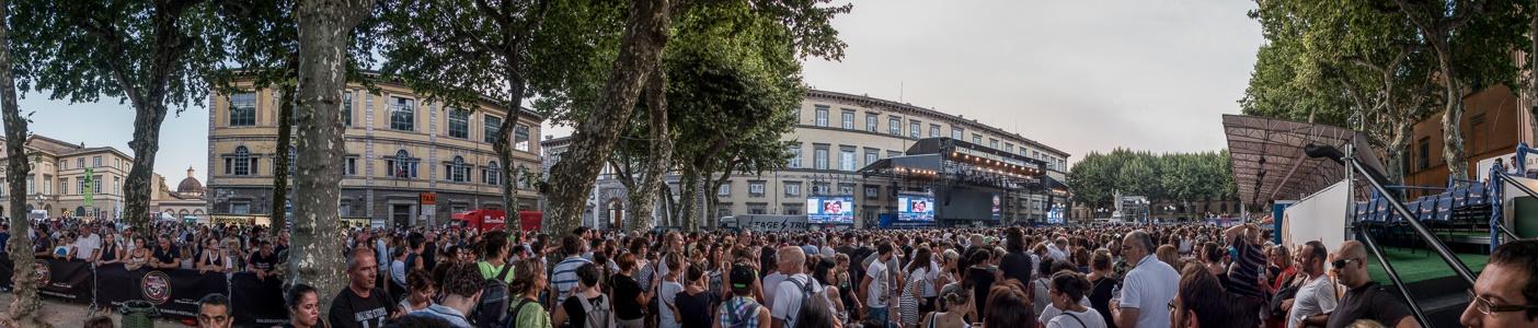 Centro Storico: Piazza Napoleone - Lucca Summer Festival (vor dem Robbie-Williams-Konzert)