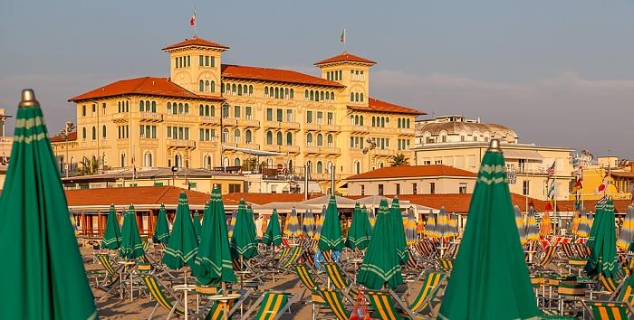 Viareggio Versilia: Strandbäder Grand Hotel Royal