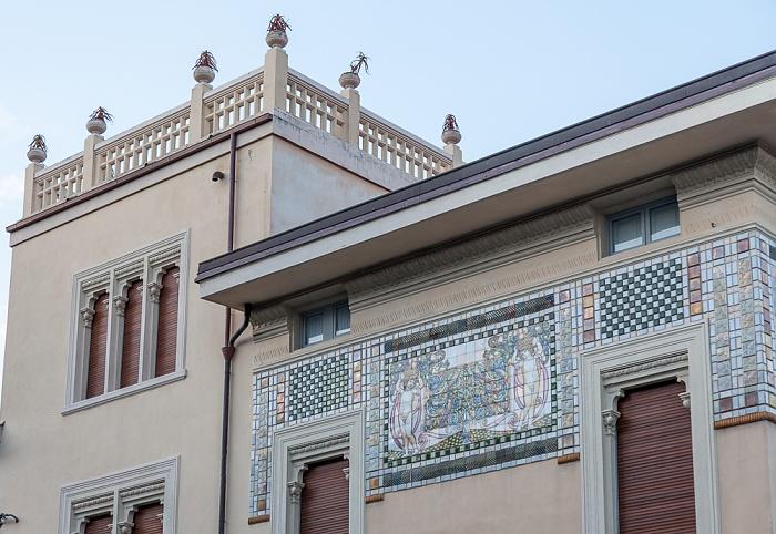 Viareggio Via Antonio Fratti: Villa Argentina
