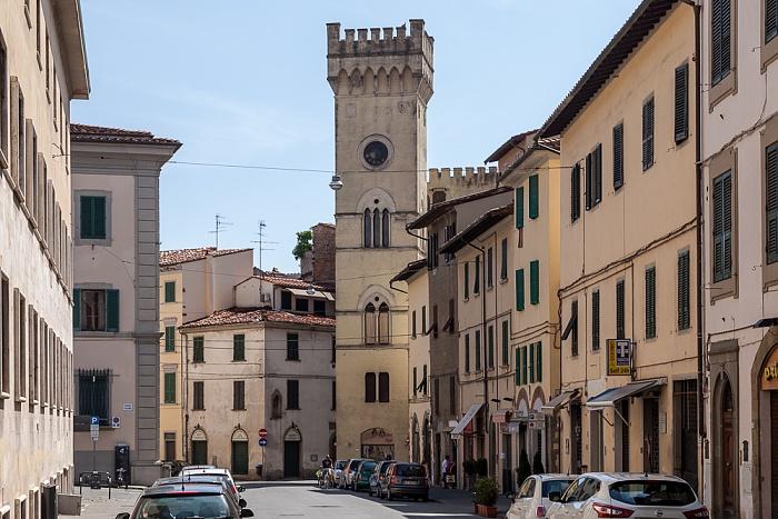Pistoia Centro Storico: Via Camillo Benso Cavour, Torre Bemporad