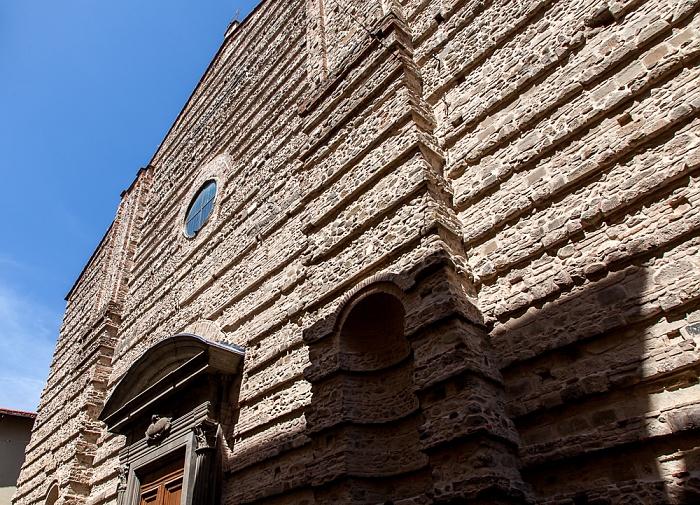 Pistoia Centro Storico: Via della Madonna - Basilica della Madonna dell'Umiltà