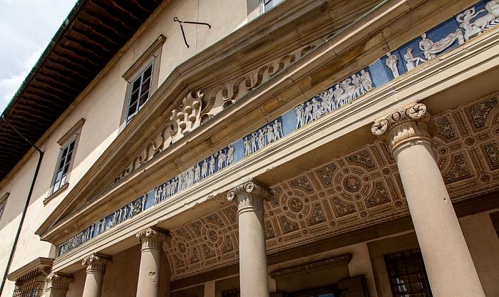 Villa Medicea di Poggio a Caiano: Fries von Sansovino