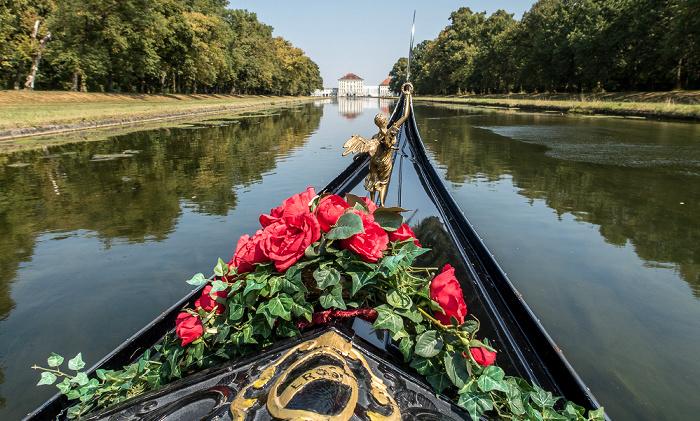 Schlosspark Nymphenburg (Mittelkanal): Venezianische Gondel München