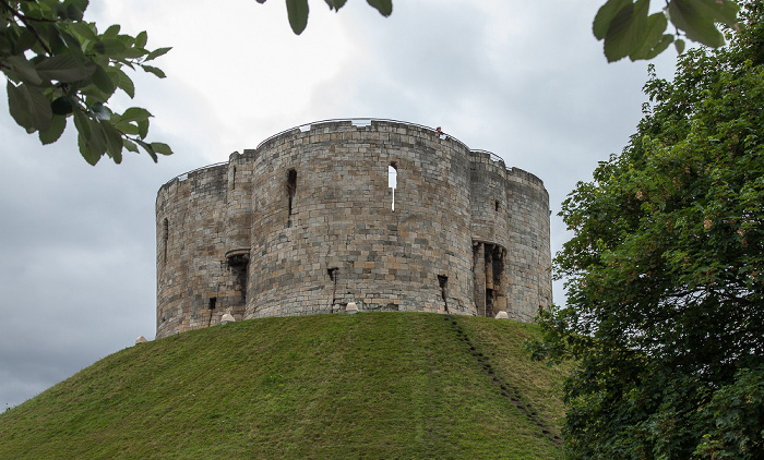 York Castle: Clifford's Tower