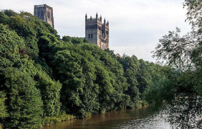 Blick von der Framwellgate Bridge: Durham Peninsula mit Durham Cathedral River Wear