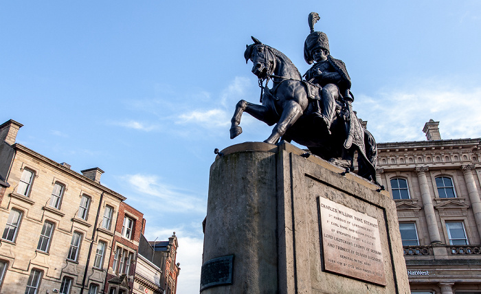 Durham Peninsula: Market Place - Denkmal des Marquess of Londonderry