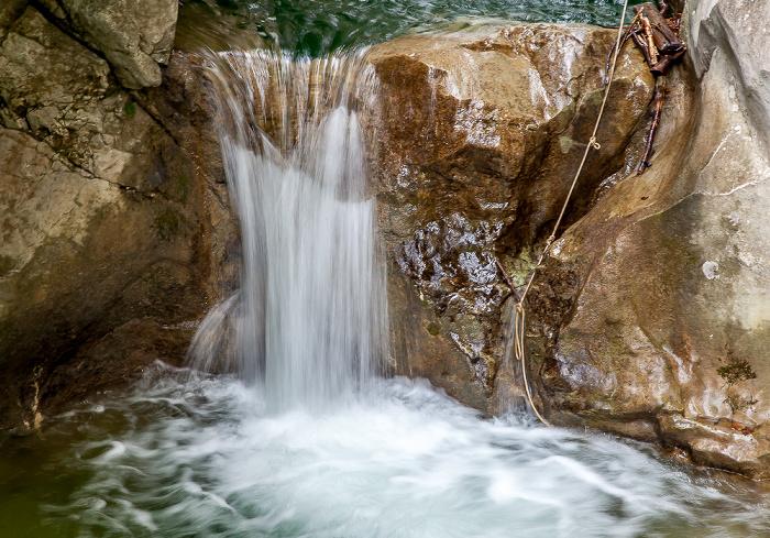 Mangfallgebirge: Wasserfälle am Tatzelwurm (Auerbach)