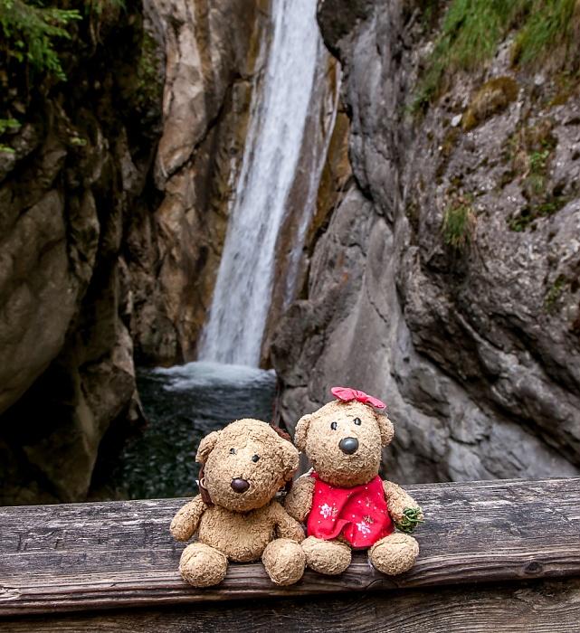 Mangfallgebirge: Wasserfälle am Tatzelwurm (Auerbach) - Teddy und Teddine