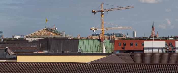 Blick von der Dachterasse des Hotels Bayerischer Hof: Dächer der Altstadt München