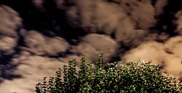 München Nördlicher Sternenhimmel mit Wolken