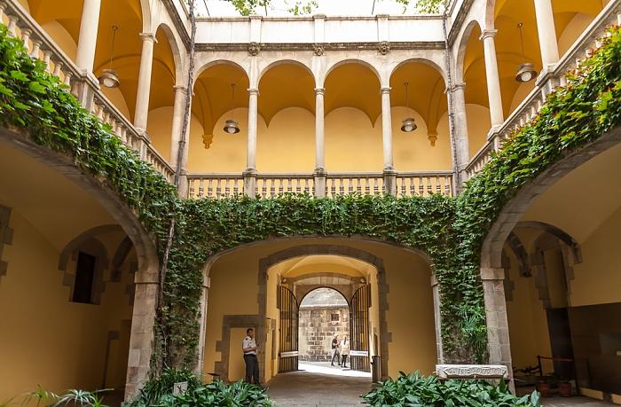 Ciutat Vella: Barri Gòtic - Palau del Lloctinent Barcelona