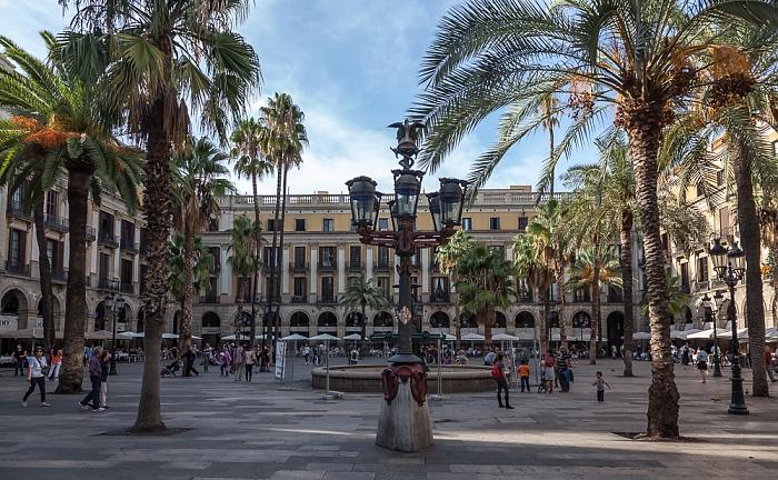 Ciutat Vella: Barri Gòtic - Plaça Reial Barcelona 2015