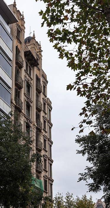 Eixample: Carrer de Pau Claris Barcelona