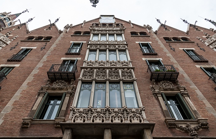 Eixample: Avinguda Diagonal - Casa de les Punxes Barcelona