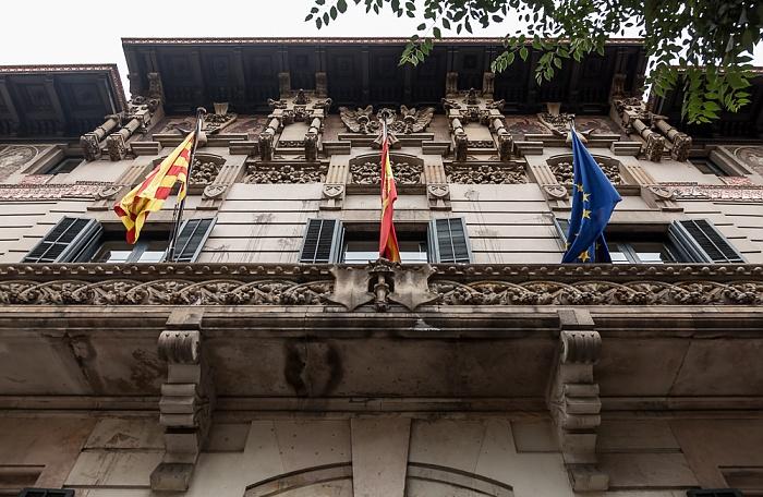 Eixample: Carrer de Roger de Llúria / Carrer de Mallorca - Palau Ramon Montaner Barcelona