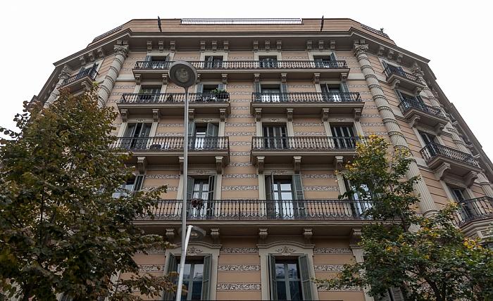 Eixample: Carrer de Pau Claris / Carrer de Provença Barcelona