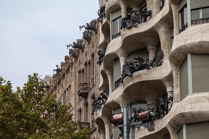 Eixample: Passeig de Gràcia - Casa Milà Barcelona
