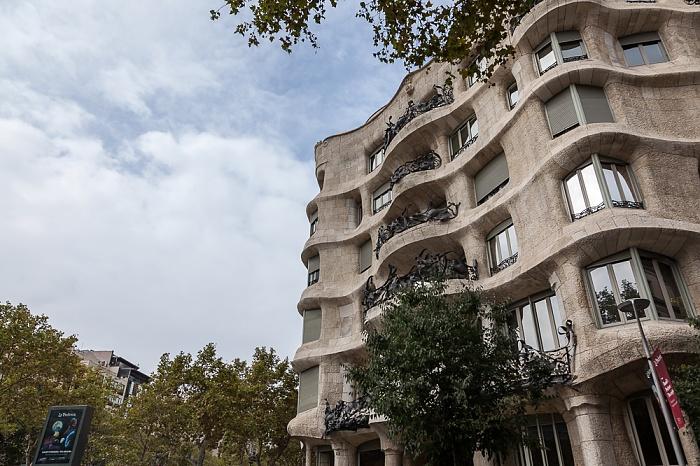 Eixample: Passeig de Gràcia / Carrer de Provença - Casa Milà Barcelona