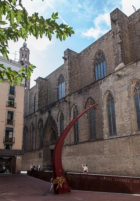Ciutat Vella: Sant Pere, Santa Caterina i la Ribera - Fossar de les Moreres, Santa Maria del Mar Barcelona
