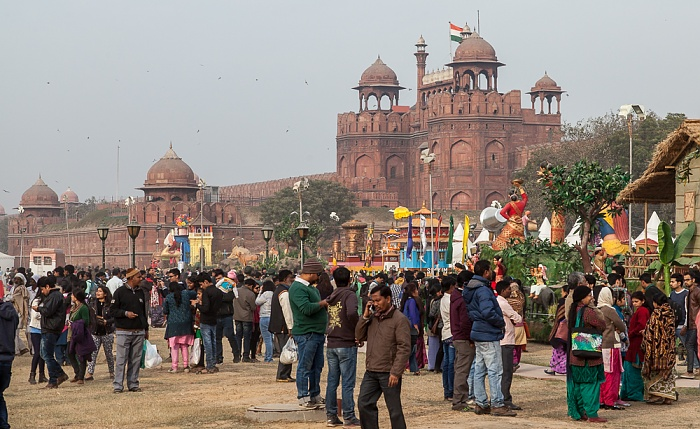 Old Delhi: Hayat Bakhsh Bagh (Red Fort Garden), Red Fort