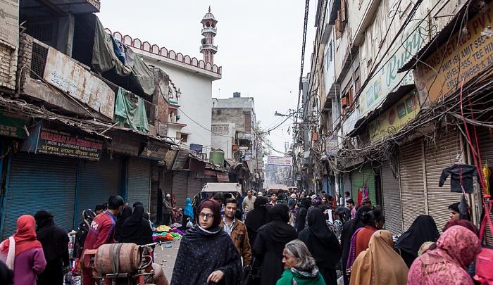 Old Delhi: Lalkuan Bazar Road Masjid Imli Wali
