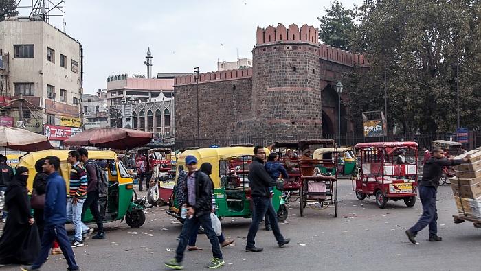 Old Delhi: Garstin Bastion Road (Swami Shradhanand Marg), Ajmeri Gate