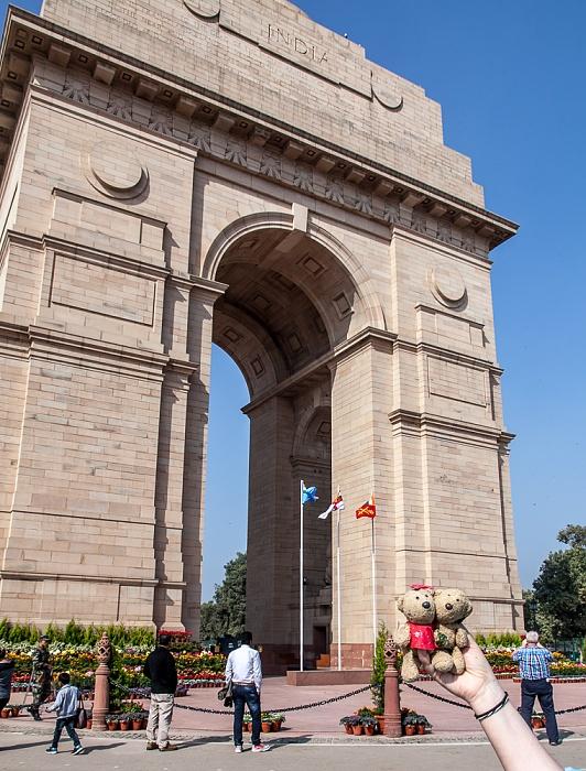 New Delhi: India Gate - Teddine und Teddy
