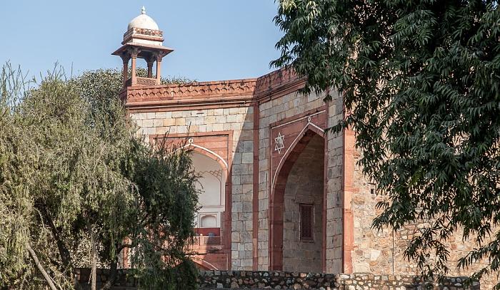 New Delhi: Humayun-Mausoleumskomplex - Eingangsportal Isa-Khan-Mausoleumskomplex