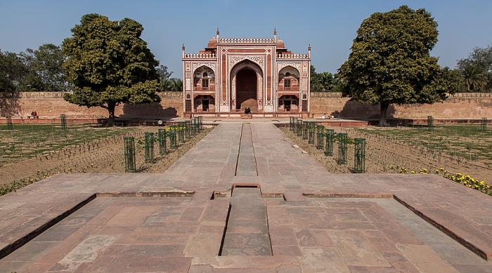 Agra Itimad-ud-Daula-Mausoleum