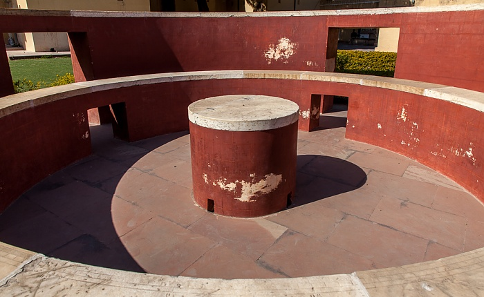 Jaipur Jantar Mantar: Digamsha Yantra