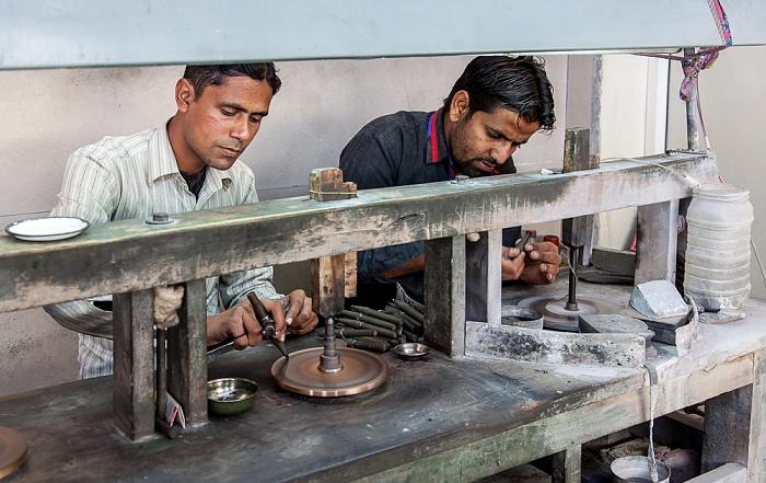 Jaipur haat: Schleifarbeiten