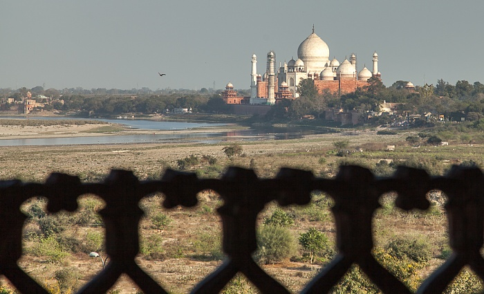 Blick vom Agra Fort (Rotes Fort): Yamuna, Taj Mahal