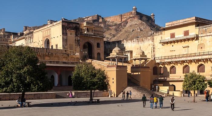 Jaipur Amber Fort: Erster Innenhof