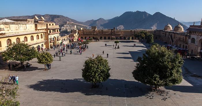 Jaipur Amber Fort: Erster Innehof