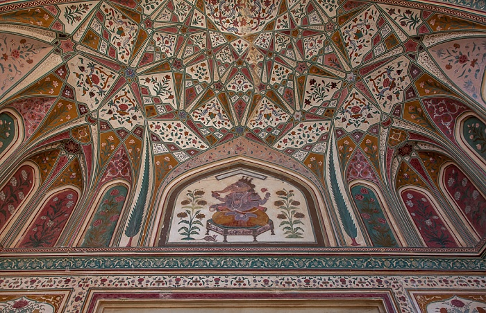Jaipur Amber Fort: Ganesh Gate