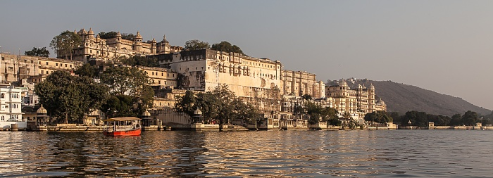 Udaipur Lake Pichola, City Palace