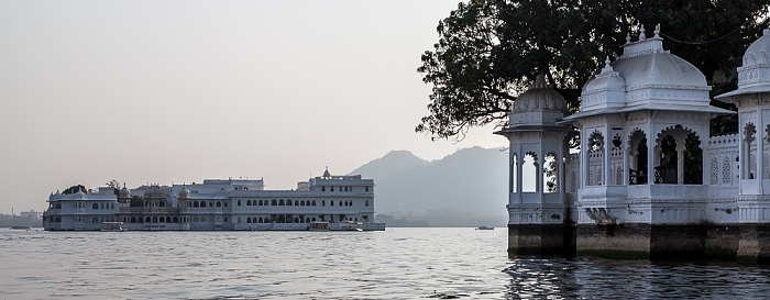 Udaipur Lake Pichola Lake Palace