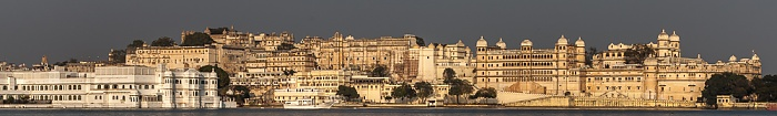 Udaipur Lake Pichola, Lake Palace (Jag Niwas), City Palace