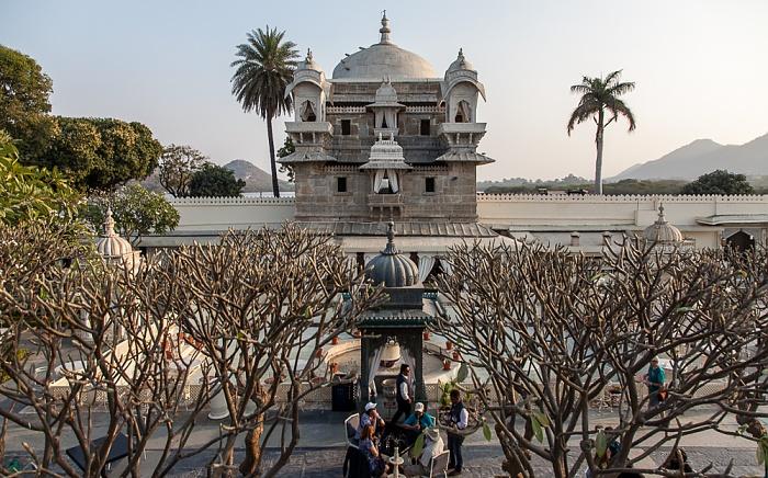 Udaipur Lake Garden Palace (Jag Mandir)