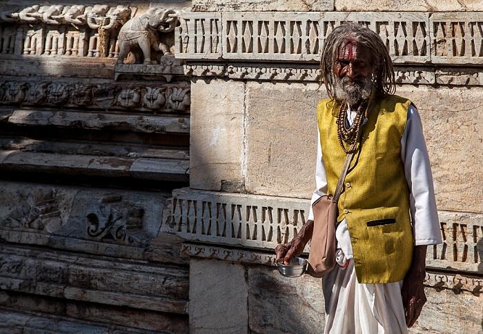 Udaipur Jagdish Temple: Sadhu