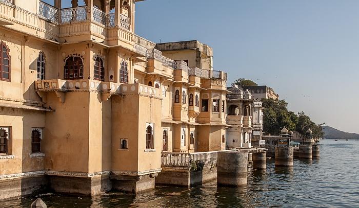 Udaipur Altstadt: Bagore-ki-Haveli, Lake Pichola
