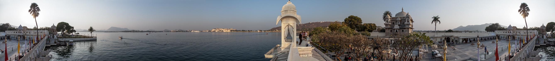 Udaipur Lake Garden Palace (Jag Mandir), Lake Pichola