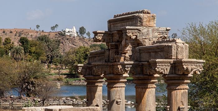 Eklingji Sas Bahu Temple Bagela Talab Nagahyuda Jain Temple